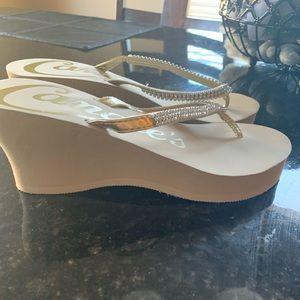 Flip flop platform sandals
